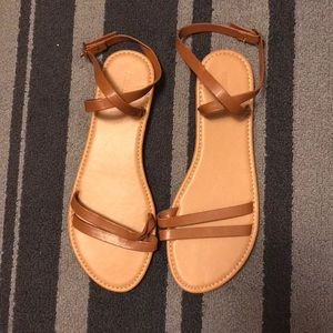 NWOT Tan Double Wrapped ankle Sandas